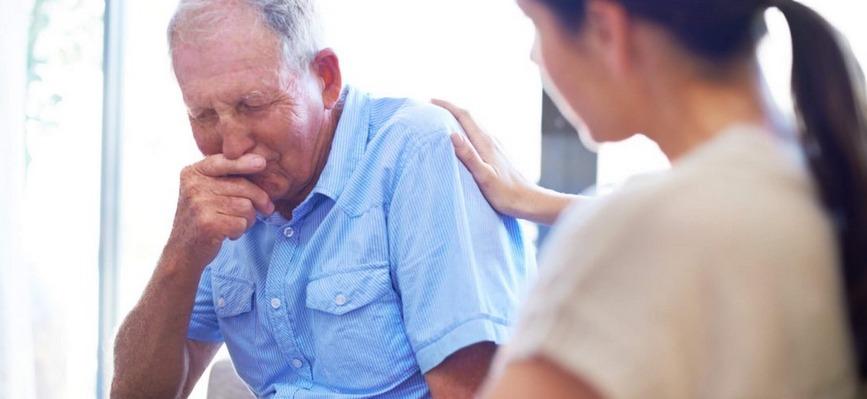 Como comunicar um falecimento para pessoas com problemas de saúde?