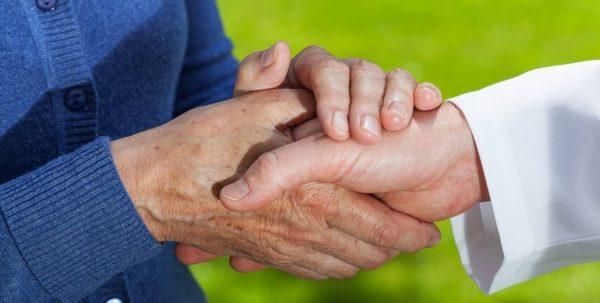 O que é um plano de assistência funerária e por que ele é importante?